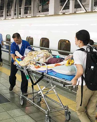 ストレッチャー新幹線