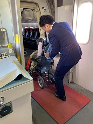 飛行機車椅子